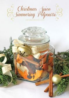 Christmas Spice Simmering Potpourri - Only 3 ingredients! This is a simple and beautiful hostess or neighbor gift.