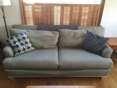 Free light green couch. http://seattle.craigslist.org/see/zip/4944413448.html