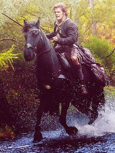 Jamie Fraser in Outlander Outlander Season 1, Outlander 3, Sam Heughan Outlander, Outlander Quotes, Outlander Casting, Diana Gabaldon Outlander Series, Outlander Book Series, Jamie Fraser, Wayfarer