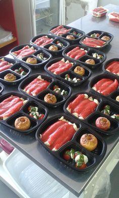 Yes Food Brasil - Cozinha - Linha SPA 380gr, montagem dos pratos.