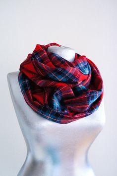 92 meilleures images du tableau Écharpes   foulards   Scarves, Long ... 89851af2131