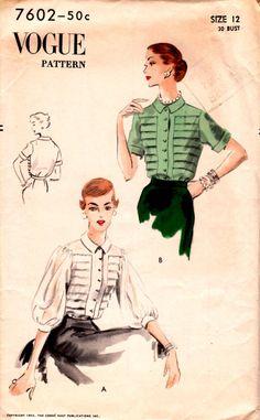 1952 Misses' Blouse  Vogue 7602  Size 12  Bust 30 van HelaQ op Etsy
