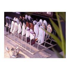 KOMPLEMENT Skoförvaring IKEA Håller formen på dina skor och är justerbara i sidled. Rymmer upp till 16 par skor.
