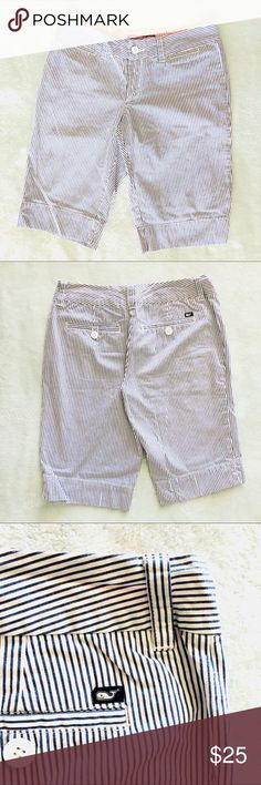 { VINEYARD VINES } Pinstripe Bermuda Shorts Vineyard Vines Blue & White Pinstripe Seersucker Bermuda Shorts Women's Size 0 Waist 28'' Inseam 12'' Preowned good condition Vineyard Vines Shorts Bermudas