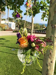 #wedding #stolismos #flowers #decoration #gamos Flowers Decoration, Table Decorations, Plants, Wedding, Home Decor, Valentines Day Weddings, Decoration Home, Room Decor, Plant