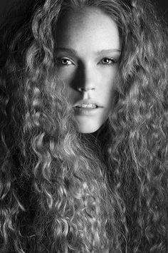 Elite Model ALEXANDRA MADAR Natural Hair Pictures #NaturalHair