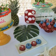 Amazing desserts at a Lilo and Stitch birthday party! See more party ideas at CatchMyParty.com!