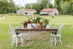Despite living in the city – although semi-rural – I adore the country and this farm shoot from Ashleigh Jayne & Angela Marie Eventshas completely stolen my heart. I want to live in it! From the sweet floral invitation suite … Continue reading →