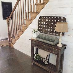 Farmhouse entryway More