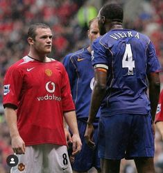 Wayne Rooney, Arsenal Vs Manchester United, Patrick Vieira, Football Pictures, Marca Personal, Man United, Best Player, Classic Man, Old Boys