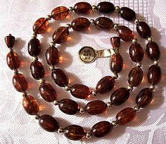 Brown Tortoise Necklace Choker Gold Tone Vintage Marbled Lucite Beads #vintagejewelry #vintagenecklace #prettyjewelrythingsstore #browntortoisebeads