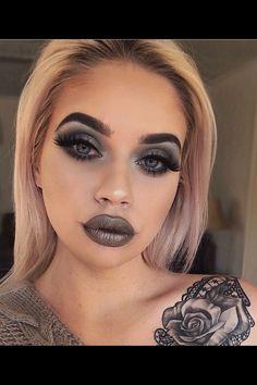 Gunmetal *pew pew* 🔫🐰 Metallic Liquid Lip in Sweet Escape Artist Palette Vol 4 Pressed Eyeshadows in Soot Queen Makeup, Goth Makeup, Sexy Makeup, Kiss Makeup, Gorgeous Makeup, Makeup Art, Makeup Eyeshadow, Beauty Makeup, Hair Makeup