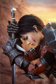 DRAGON AGE INQUISITION Cassandra Cosplay by Dark Incognito — GeekTyrant