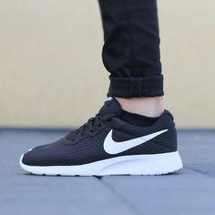 Nike Tanjun black – Sneaker für Herren – bei Deichmann >> http://deich.mn/29edff << Nur 64,90€ #Deichmann #Schuhe #Sneaker #Men
