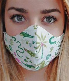 Easy Face Masks, Homemade Face Masks, Diy Face Mask, Nose Mask, Maskcara Beauty, Fabric Glue, Creation Couture, Fashion Face Mask, Diy Mask
