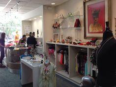 The store Royal Vintage is located in 701 Ponce de Leon Avenue, Miramar, San Juan, Puerto Rico in PR, 00907. Tel. 787-360-8819