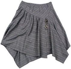 Drape Skirt Pattern, Moda Chic, Flare Skirt, Pattern Fashion, Beautiful Outfits, Rock, Clothes For Women, Skirts, Style