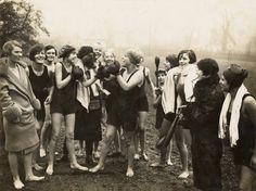 Women in boxing gloves in Hampstead Heath, London, ca. 1920s