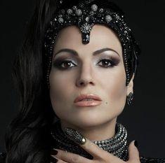 photo regina-evil-queen-makeup_zps83wrvgt5.jpg