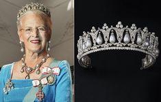 Princess Louise, Queen Margrethe Ii, Royal Tiaras, Danish Royal Family, Danish Royals, Family Jewels, Royal House, 80th Birthday, Formal Wear