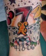 Lucky seven - gambling tattoo future tattoo ideas татуировки. Dice Tattoo, Card Tattoo, Poker Tattoo, Gambling Games, Gambling Quotes, Gambling Tattoos, Casino Games, Art Clipart, Tattoo Casino