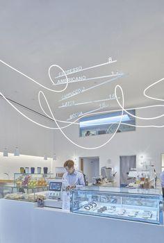 Gallery of E Baking & RenYiHan Café / SAME FINE DESIGN - 6