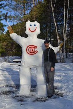 Géant des neiges Canadiens, soumis par Julie Trépanier / Canadiens snow giant, submitted by Julie Trépanier Montreal Canadiens, Happy Soul, Julie, Snowmen, Canada, Fan Art, Cool Stuff, Holiday, Submissive