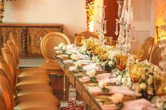 Decoração em dourado, prata e creme para um casamento clássico e tradicional no Iate Clube do Rio de Janeiro.