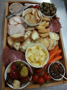 A sample ploughmans lunch platter.