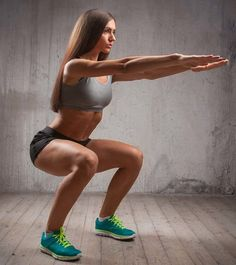 Squats are the best functional exercise. The compound movements target major muscle groups in the body and strengthen them. Here's How To Do Squats Properly Benefits Of Strength Training, Strength Training Workouts, How To Do Squats, How To Squat Properly, Fitness Tips, Health Fitness, Squats Fitness, Fitness Exercises, Straight Leg Raise
