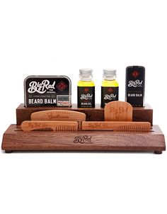The 'Master Kit' is the Ultimate Big Red Beard Comb kit. A beautiful American Black Walnut slab offers designated slots to hold, the included, No.9, No.7, No.5 and No.3 in place. Beside the combs you will find slots to hold the included, 2 Big Red Beard O