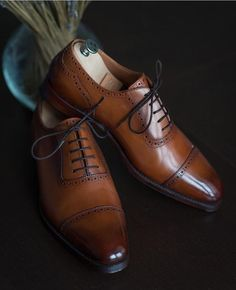 c6c65c29f7f8c 73 mejores imágenes de Zapatos para hombre en 2019