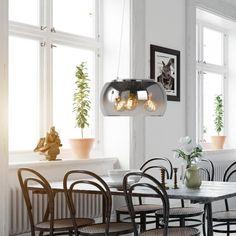 Denne lampen med røkt glass er både retro og moderne 😍💡 Vi tror den passer perfekt over spisebordet eller i stuen. 🏠 . . . #røktglass #belysning #lampegigantenno Interior S, Oversized Mirror, Ceiling Lights, Lighting, Retro, Home Decor, Design, Glass, Inspiration