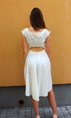 Simple white linen dress sleevles midi dress with wide