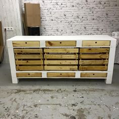 Pallet TV Stand / Cabinets and Drawers | 101 Pallets