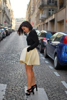 Short High waisted skirt = so cute