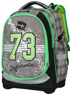 Otrok se kmalu naveliča šolske torbe. Superlight 2 Face pa ima lahko kar  dva obraza 9a9fbea4df060