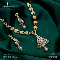Casting Necklace Set jewellery for Women by jewelegance. ✔ Certified Hallmark Premium Gold Jewellery At Best Price Fancy Jewellery, Gold Jewellery Design, Gold Jewelry, Womens Jewelry Rings, Women Jewelry, Gold Jhumka Earrings, Bridal Necklace Set, Gold Necklaces, Short Necklace