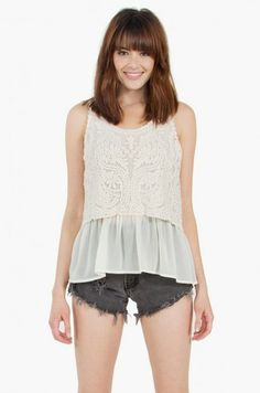 our summer romance top at Always Mint. #tops #summer