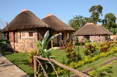 Surrounded by beautiful spacious gardens and tranquil environment, The Hoima Cultural Lodge is a newly opened lodge situated in Hoima district, the northern part of Western Uganda opposite the Bunyoro King's Palace.