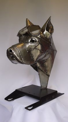 Just finished a steel dog head commission Car Furniture, Welding Art, Animal Decor, Metal Art, Metal Working, Easy Crafts, Sculptures, Iron, Steel