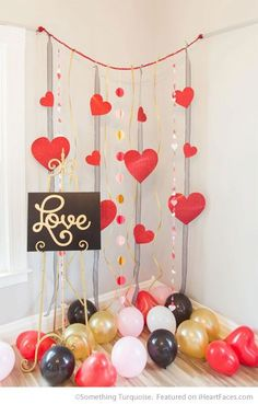 Ribbons, Paper Hearts and Balloons - Easy DIY Photo Props for Valentine's Day - Compiled by I Heart Faces Photography Blog