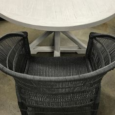Oohhh yeah, the new charcoal Malawi looking gorgeous with our chalk grey round table 💙😍 $550 💙