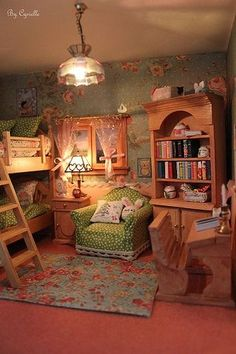 Miniature dollhouse bedroom *the armchair!
