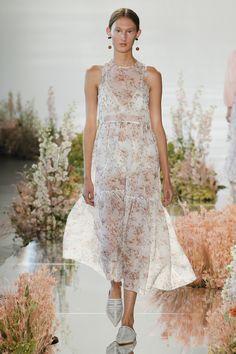 Ulla Johnson Spring 2018 Ready-to-Wear Collection Photos - Vogue Подиумная  Мода, e26ed4f178a