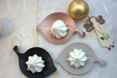 _MG_7936 (Medium) Cookie Recipes, Dessert Recipes, Desserts, Meringue Cookies, Christmas Cookies, Spoon, Baking, Tableware, Holiday