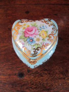Pretty Limoges Porcelain Heart Shaped Trinket Box. #Trinketbox
