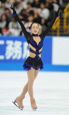 Figure Skating, Ice Skating, Dynamic Poses, Sports Figures, Skate, Athlete, Wonder Woman, Superhero, Lady