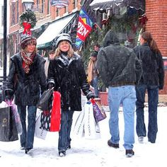 Galena IL Christmas shopping / girls weekend   10 Perfect Christmas Shopping Getaways | Midwest Living