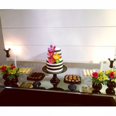 Home party decor flowers cake